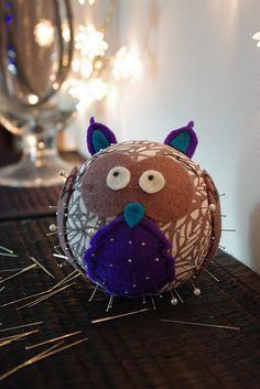 Cool pincushion DIY