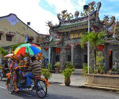 OTRO VIAJE EN LAS MOCHILAS: Unos días en la colorida George Town, capital de P...