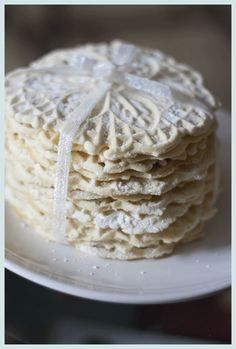 Talking Italian ~ Wedding Favours   PosyRosy    MOM! Seeing that you love to bake, these should be a great favour!