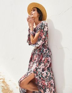 Sukienka wzorzysta maxi Madisson | NAOKO | SHOWROOM Naoko, Showroom, Casual, Dresses, Fashion, Gowns, Moda, La Mode, Dress