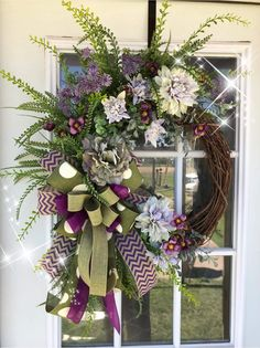 Funeral Flower Arrangements, Funeral Flowers, Floral Arrangements, Wreath Crafts, Diy Wreath, Wreath Ideas, Grapevine Wreath, Christmas Tree Decorations, Christmas Wreaths