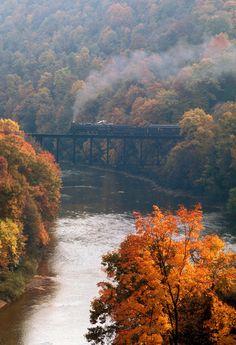 reading company, locomotive, mahoning creek bridge, pittsburg and shawmut railway, kittanning, armstrong county, pennsylvania, autumn