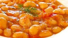 Iahnie de fasole Raw Vegan Dinners, Romanian Food, Cheeseburger Chowder, Curry, Beans, Soup, Ethnic Recipes, Blog, Recipes