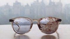The glasses John Lennon wore when he was assassinated (1980).