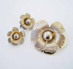 Vintage 70s Retro Cottage Chic Antiqued Silvertone Demi Parure Set Flower Brooch Pin Earrings by ThePaisleyUnicorn, $10.00