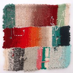 inspiration for getting rid of tiny little bits of yarn left over from previous projects Crochet Stitches, Knit Crochet, Crochet Patterns, Weaving Textiles, Knitting Designs, Embroidery Thread, Fabric Art, Couture, Textile Art