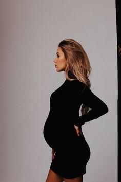 love story, pregnancy, photoshoot, ideas, минималистичная фотосессия, фотосессия, идеи для фотосессии, фотограф, спб, питер, беременная, беременная фотосессия, в ожидании чуда, студийная фотосессия, фотосессия пары, фотосессия пары в студии, в ожидании чуда в студии, poses, позы для фотосессии, фотосессия в петербурге
