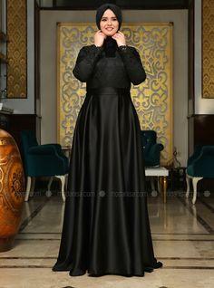 The Dress, High Neck Dress, Moslem Fashion, Hijab Dress Party, Abaya Designs, Fat Women, Muslim Women, Frocks, Pretty Dresses
