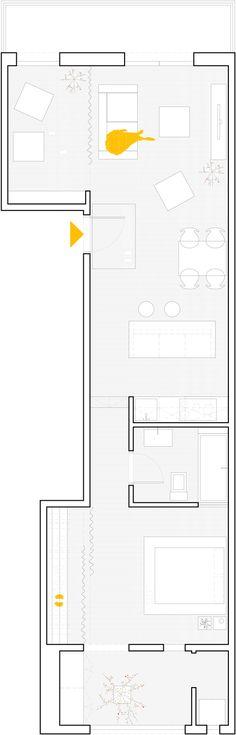 Lang smal lejlighed, Bemærk bad indsat i kasse, soveværelse udenegntlig facade Renovated apartment in Les Corts by Sergi Pons