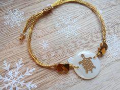 Turtle Bracelet Beaded Bracelet Turtle Jewelry Turtle I Love Jewelry, Unique Jewelry, Turtle Jewelry, Handmade Jewelry, Handmade Gifts, Modern Minimalist, Babe, Gold Necklace, Beaded Bracelets