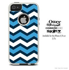 The Blue Wide Chevron Pattern Skin For The iPhone 4-4s or 5-5s Otterbox Commuter Case