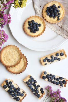 Mascarponés citromkrémes pite áfonyával – Ízből tíz Cheesecake, Food And Drink, Sugar, Cookies, Recipes, Mascarpone, Crack Crackers, Cheesecakes, Biscuits