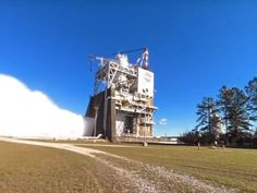 This NASA hot-fire engine test video will blow you away - CNET
