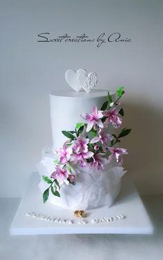 Wedding cake by Ania - Sweet creations by Ania Beautiful Desserts, Gorgeous Cakes, Amazing Cakes, Cake Boss Wedding, Wedding Cakes, Fondant Cookies, Cupcake Cakes, Royal Icing Cakes, Barbie Cake