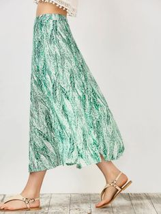 SHARE & Get it FREE | Leaf Print Slit Chiffon Midi Skirt - GreenFor Fashion Lovers only:80,000+ Items • New Arrivals Daily Join Zaful: Get YOUR $50 NOW!