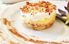 Καλοκαιρινό εκμέκ με παγωτό καϊμάκι   Womanspace Cheesecake, Desserts, Food, Tailgate Desserts, Deserts, Cheesecakes, Essen, Postres, Meals