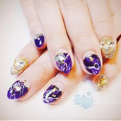 "51 Likes, 1 Comments - sunkuku (@sunnysunkuku) on Instagram: ""#waitforchristmas#purplenails#nailart#nailswag#nailstagram#notd#gelnails#ジェルネイル#naildesigns#nailsofinstagram#nailstyle#nailporn#holidaynails#vacationmode#marblenails#marbling#젤네일#상수#홍대#합정#sunkuku_nailart_studio"""
