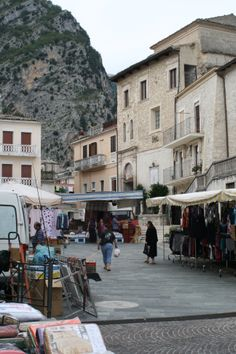 images of Fara San Martino, Thursday market