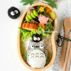 My Neighbor Totoro, Studio Ghibli, bento, boxed lunch, onigiri, rice ball; Anime Food