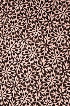 "#pattern #textile!إنت !  يا بأف?بقف !   إنت !  يا راجل !  يا كِتف     ╬ ﷺ ♕¢©®°❥❤❦♪♫±البسملة´µ¶ą͏Ͷ·Ωμψϕ϶ϽϾШЯлпы҂֎֏ׁ؏ـ٠١٭ڪ۞۟ۨ۩तभमािૐღᴥᵜḠṨṮ'†•‰‴‼‽⁂⁞₡₣₤₧₩₪€₱₲₵₶ℂ℅ℌℓ№℗℘ℛℝ™ॐΩ℧℮ℰℲ⅍ⅎ⅓⅔⅛⅜⅝⅞ↄ⇄⇅⇆⇇⇈⇊⇋⇌⇎⇕⇖⇗⇘⇙⇚⇛⇜∂∆∈∉∋∌∏∐∑√∛∜∞∟∠∡∢∣∤∥∦∧∩∫∬∭≡≸≹⊕⊱⋑⋒⋓⋔⋕⋖⋗⋘⋙⋚⋛⋜⋝⋞⋢⋣⋤⋥⌠␀␁␂␌┉┋□▩▭▰▱◈◉○◌◍◎●◐◑◒◓◔◕◖◗◘◙◚◛◢◣◤◥◧◨◩◪◫◬◭◮☺☻☼♀♂♣♥♦♪♫♯ⱥfiflﬓﭪﭺﮍﮤﮫﮬﮭ﮹﮻ﯹﰉﰎﰒﰲﰿﱀﱁﱂﱃﱄﱎﱏﱘﱙﱞﱟﱠﱪﱭﱮﱯﱰﱳﱴﱵﲏﲑﲔﲜﲝﲞﲟﲠﲡﲢﲣﲤﲥﴰ﴾﴿ﷲﷴﷺﷻ﷼﷽ﺉ ﻃﻅ ﻵ!""#$1369٣١@^~"