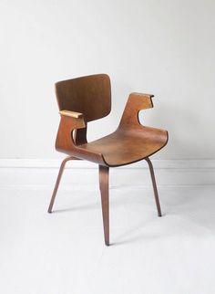 Michael Thonet walnut bentwood sculptural arm chair 1950s