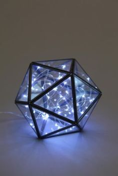 Galaxy Battery-Powered String Lights---This is so cool. I loves it!