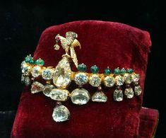 Ruby And Diamond Necklace, Diamond Jewelry, Gold Jewelry, Trendy Jewelry, Fashion Jewelry, Women Jewelry, Traditional Indian Jewellery, Indian Jewelry, Royal Jewelry