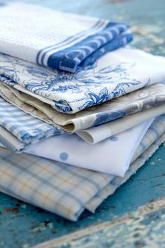 love, love, love blue and white linens