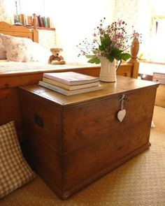 Blanket Chest Furniture For Extra Storage