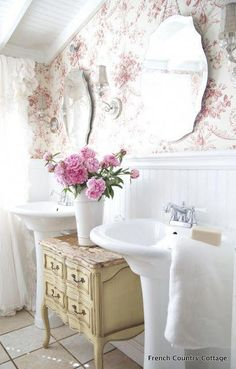 The best part about this shabby chic bathroom is the wallpaper! #Shabbychichomes