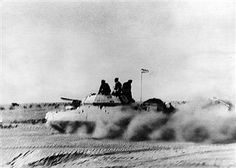 2. World War, North Africa , theater of war, german africa campaign  1941-43: A british 'Crusader' tankoperating in the desert zone of El  Alamein. Summer 1942, pin by Paolo poo poo brains Marzioli