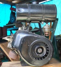 Vintage continental model AA7 stationary engine ( )