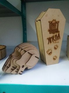 Ataud Monster High y craneo 3D en MDF
