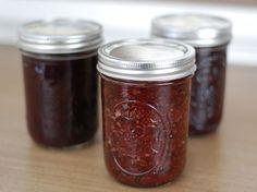 Strawberry Honey Jam. (no refined-sugar, no pectin)