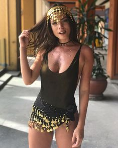 Rave Festival Outfits, Rave Outfits, Girl Outfits, Festival Looks, Sun And Moon Costume, Hot Halloween Costumes, Happy Halloween, Fantasy Party, Hipster Girls