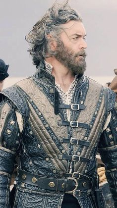 "Timothy Omundson in as King Dick ""Galavant"". Historical Costume, Historical Clothing, Larp, Movies Costumes, Foto Portrait, Landsknecht, Medieval Costume, Medieval Clothing, Medieval Fantasy"