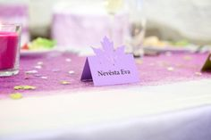 SVATBA Place Cards, Place Card Holders, Diy, Bricolage, Do It Yourself, Diys, Crafting