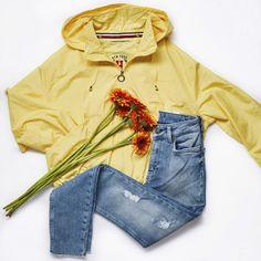 Spring Jackets, Mellow Yellow, Tommy Hilfiger, Raincoat, Fashion, Rain Jacket, Moda, La Mode