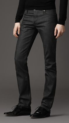 Burberry - STEADMAN INDIGO WASH SLIM FIT JEANS