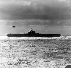 [Photo] USS Hancock recovering aircraft in the South China Sea, Jan note three Hellcat and one TBM Avenger aircraft in flight; seen from USS New Jersey Uss Hancock, Essex Class, Navy Ships, Military Equipment, Aircraft Carrier, Model Ships, Vietnam Travel, Battleship, Us Navy