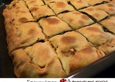 Σπανακόπιτα με τυρί και σπιτικό φύλλο Sweets Recipes, Wine Recipes, Cooking Recipes, Desserts, Savory Muffins, Cheese Pies, Greek Cooking, Spanakopita, Greek Recipes