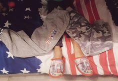 Il semblerait que ♡Sysyinthecity♡ ait un #addict des #prints #US #NY #London #army à la maison !