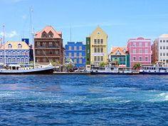 Zona histórica de Willemstad, centro de la ciudad y puerto (Antillas Neerlandesas)