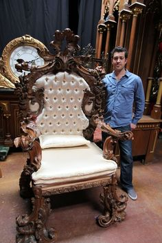 Monumental 19th Century Carved Italian Rococo Throne : Lot 101