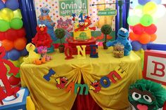 Elmo/Sesame Street 1st Birthday | CatchMyParty.com