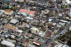 Herlees: zo trok orkaan Irma over Barbuda, Puerto Rico en de Dominicaanse Republiek Barbados Travel, Honduras Travel, Colombia Travel, Belize Travel, Barbados Beaches, Venezuela Beaches, Honduras Food, Malta Beaches, Travel Trip