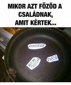 Amit a család kért...Ismerős? Bad Memes, Funny Video Memes, Best Funny Pictures, Funny Photos, Wtf Funny, Funny Jokes, Hilarious, Some Jokes, Everything Funny