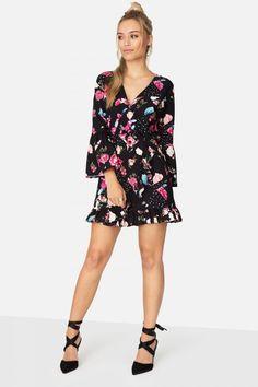 ce5f99e6190b56 Die 19 besten Bilder von Kleid | Gowns, Midi dresses und Summer dresses