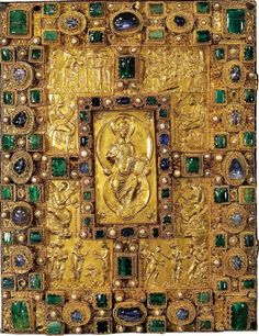 Cover of the famous CAROLINGIAN Gospel Codex Aureus of Sankt Emmeram. Made in ca. 870 at the Palace of Holy Roman Emperor Charles the Bald. Emperor Charles the Bald donated it to Arnulf of Carinthia who donated it to the Sankt Emmeram Abbey. Medieval Books, Medieval Manuscript, Medieval Art, Illuminated Manuscript, Medieval Times, Renaissance, Antique Books, Vintage Books, The Saint