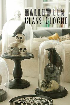 Decorating with glass cloches are my current fave. Remember the floral terrarium? They are so easy to make in minutes, and gives an expensive decorating look for less. Glass cloches are perfect for mantles, tablescape or even bookends. This DIY Halloween Halloween Tags, Halloween Cloche, Soirée Halloween, Fairy Halloween Costumes, Outdoor Halloween, Holidays Halloween, Holiday Costumes, Modern Halloween Decor, Halloween